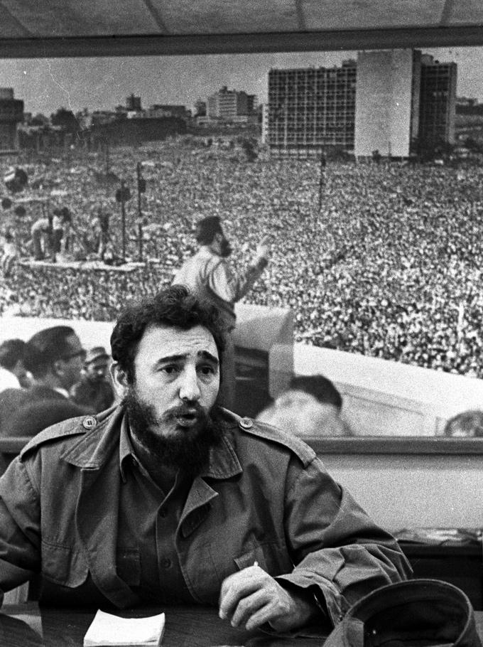 fidel-castro-conferencia-prensa-inra-15-febrero-1965