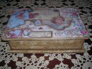 Ξύλινο κουτί.