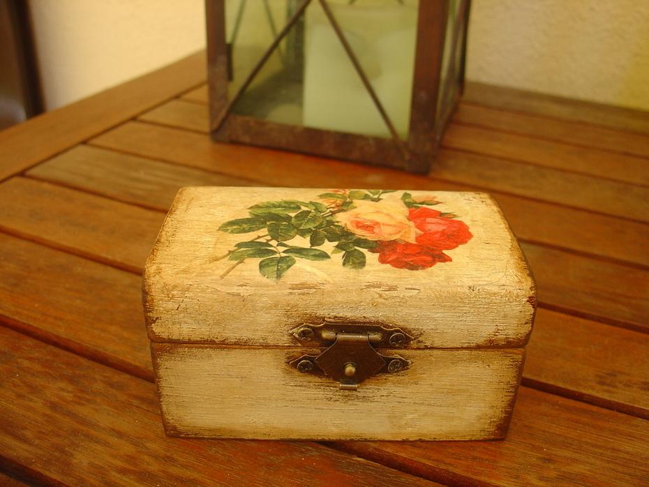 Ξύλινο κουτάκι