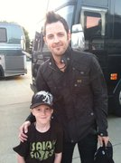 Lincoln Brewster and Isaiah in his Isaiah 40:31 Dome
