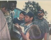 Eazy E signing autographs