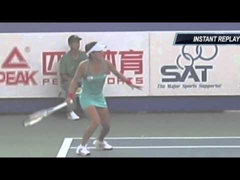How to Hit the Pro Forehand:  Kimiko Date vs Vania King