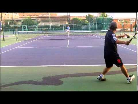 Hawaii Tennis Pro tries to hit the Spanish Forehand