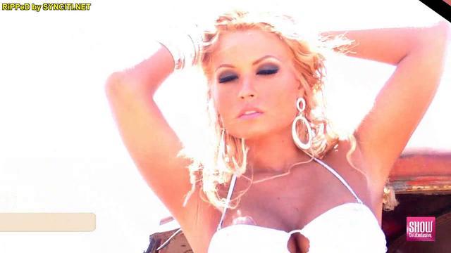 Model Amazin Amie - ShowGirlz Exclusive