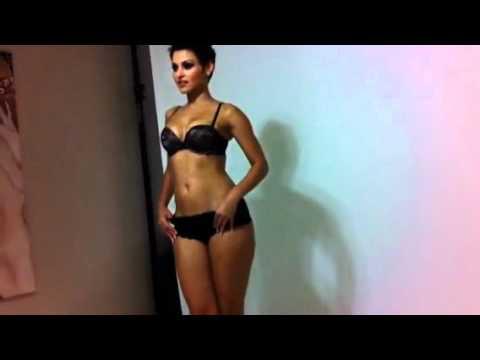 Model Sally Ferreira with MrfStop