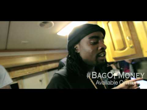 """MEEK MILL, WALE & FRENCH MONTANA FREESTYLE CYPHER ON SET OF """"BAG OF MONEY"""" VIDEO SHOOT"""