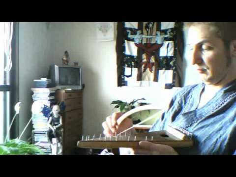 Bowed Psaltery Improv .....psaltery made by Youtuber: PsalteryMan