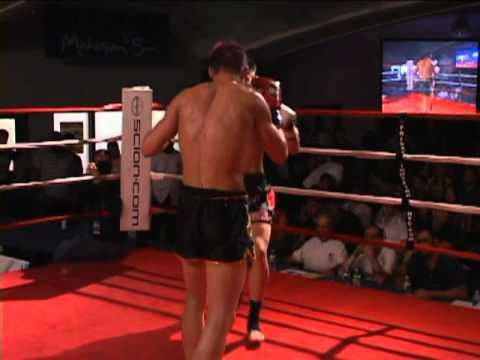 Justin Greskiewicz vs. Ray Cole, Muay Thai