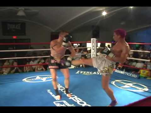Justin Greskiewicz vs Ben Yelle, Muay Thai. Part 2