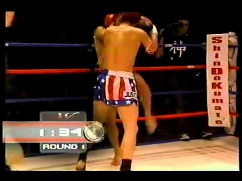 Justin Greskiewics vs Aaron Castillvi, Muay Thai, part 1