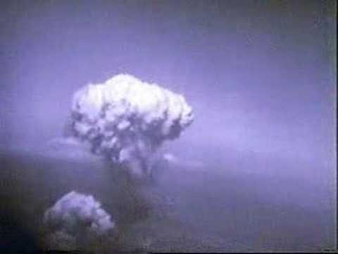 Atomic bomb on Hiroshima and Nagasaki (real footage)