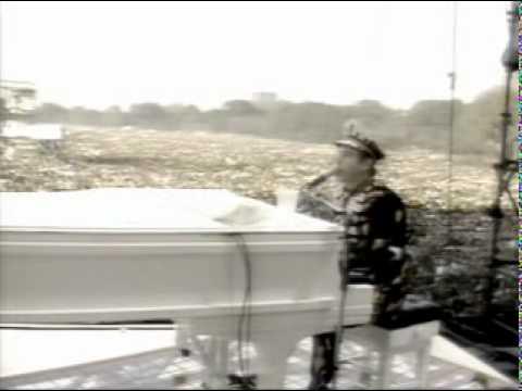 Elton John - Tribute to John Lennon