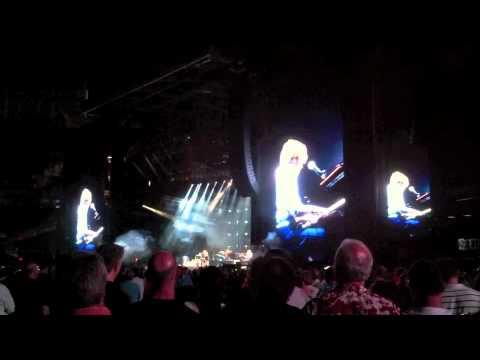Paul McCartney - Golden Slumbers - Live at Yankee Stadium, July 15, 2011
