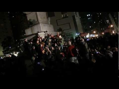 "#OWS Occupy Columbus Circle! Pete Seeger, Arlo Guthrie, David Amram ""This Little Light"" 10/22/11"
