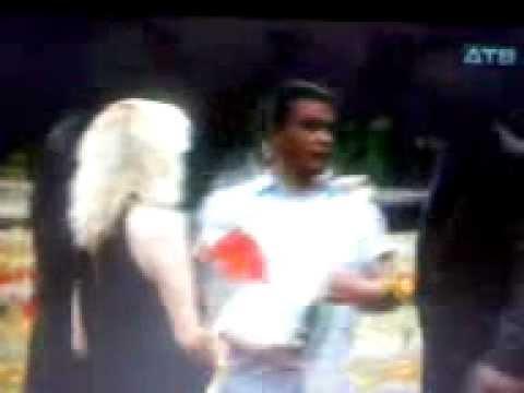 Виолетта Чивика в роли секс-бомбы. Под Akon.3gp