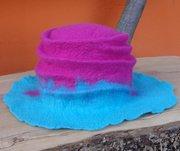 Hut pink blue