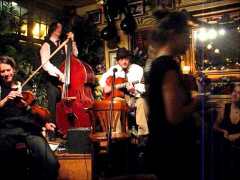 I found a new baby - The Man Overboard Quintet live at Le QuecumBar