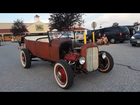Rods,Classics,Muscle and A Firetruck At the June 2019 Motor Menders Friday Night Cruise