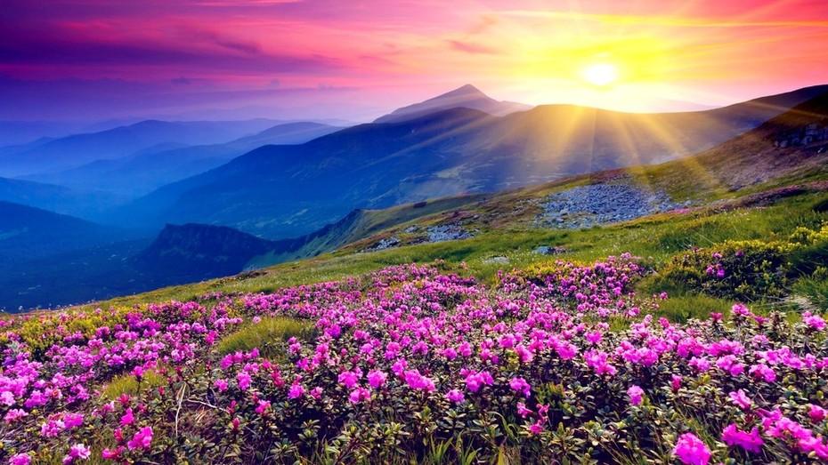 sun-shining-over-hills-hatterkep-50726