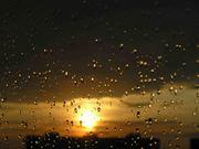 Закат во время дождя