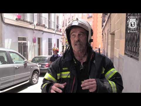 INCENDIO DE CUBIERTA, RESPONDE BOMBEROS DE MADRID - ESPAÑA