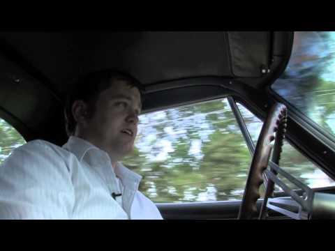 1966 Corvette Stingray Coupe--AutoMedia
