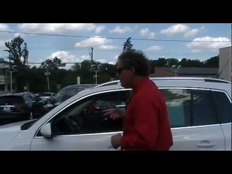 Used Tiguan NJ | Ken Beam shows 2010 Tiguan at Douglas Volkswagen in Summit NJ | VW Tiguan NJ