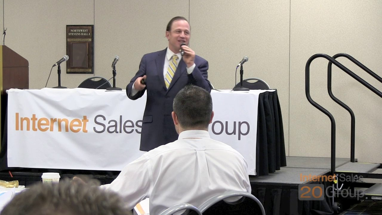 Robert Gruen, CEO of Higher Gear Speaking At The Internet Sales 20 Group In Chicago On CRM Best Practices