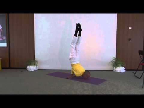 Mayurasana - Yoga Peacock Advanced Asana Variation