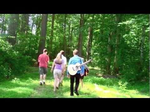 White Winter Hymnal -- Fleet Foxes -- IN LATIN