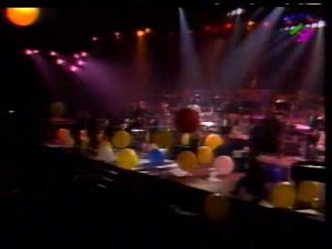 Barry White in Paris 31/12/1987 w/Emmett North Jr On Guitar - Part 5 - Love's Theme