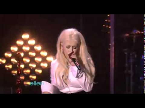 Christina Aguilera - Something's Got A Hold On Me live( Ellen DeGeneres ) DOWNLOAD