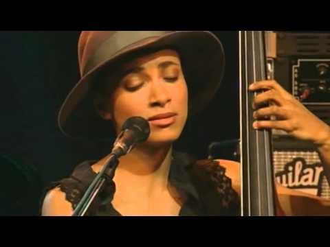 "Geri ALLEN/Esperanza SPALDING/LYNE CARRIGTON ""unconditional love"""