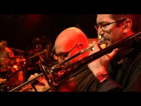 UJD | AOI to the Festival: Santana - Oye Como Va