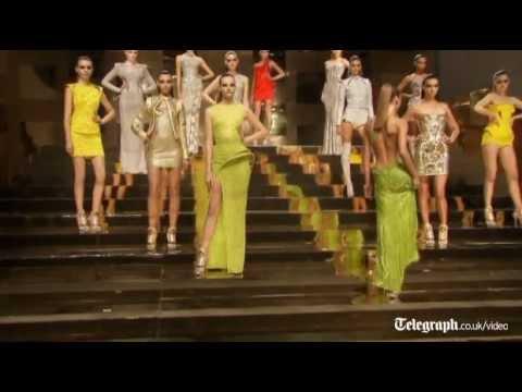 UJD | Fashion Coverage:  Versace show opens Paris Fashion Week