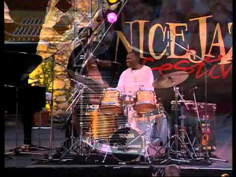 UJD | Festival Watch 2012:  Elvin Jones - Nice Jazz Festival 2000 (Official)