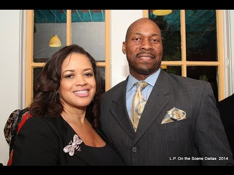 """James Thomas talks to L.P.'s  """"Diva of Events"""" Lesia Ramsey at Chef Carlos on the Square"""