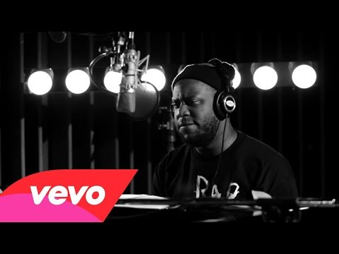 UJD | Artists of Interest (A.O.I.): Robert Glasper - So Beautiful (Live At Capitol Studios)