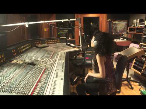"Jazz Up | Soul/Funk:  Judith Hill ""Back In Time (Behind-The-Scenes at Paisley Park)"