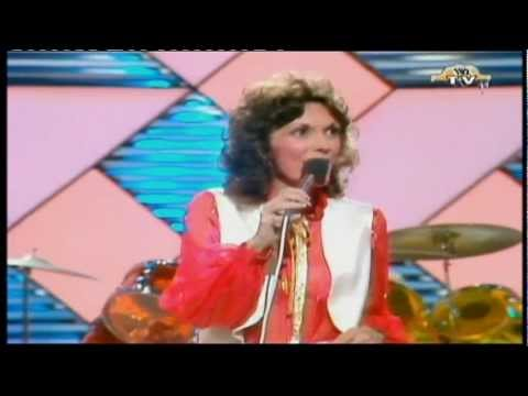 BUZZEZEVIDEO THE CARPENTERS FANS Please Mr Postman