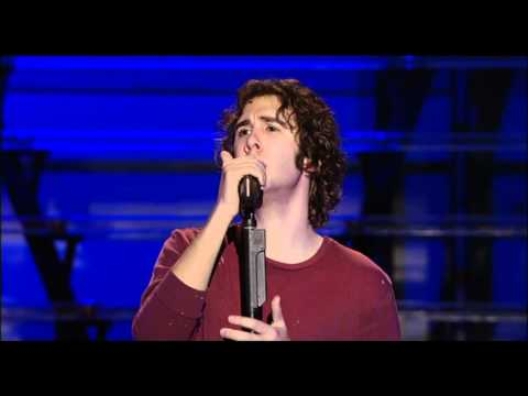 BUZZEZEVIDEO JOSH GROBAN FANS U RAISE ME UP