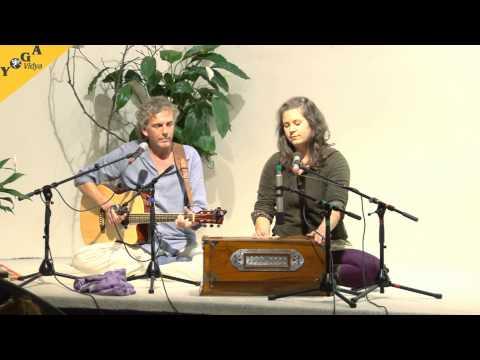 Mantra Video: Om Tryambakam chanted by Harry and Mahashakti