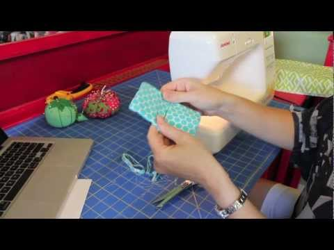 Holiday Sewing + Gift Idea: How to Sew a Quick and EASY Mini Wallet Tutorial