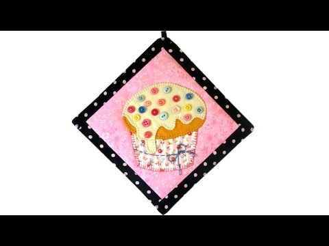 Cupcake Mini-Quilt Tutorial + FREE PATTERN
