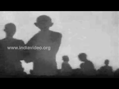 Gandhi's Salt March, The Satyagraha