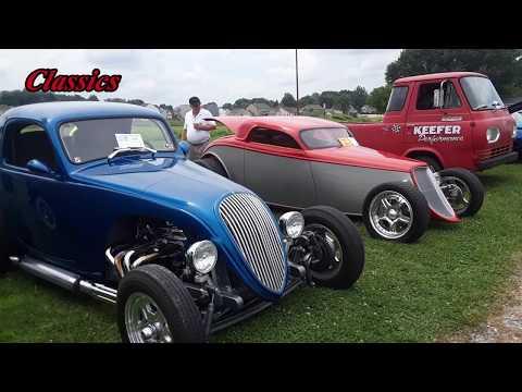 Classics, Hot Rods, Street Rods & Trucks At the Contry Cruisers of Lebanon County Cruisin Rt322