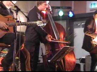 Oliver Waitze with Trio Vibracao