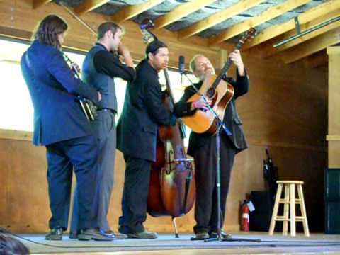 Henhouse Prowlers win the 2010 Rockygrass Band competition!