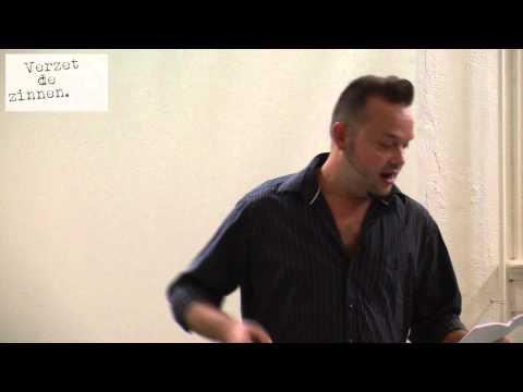 Dichter bij Kadmium - Mark Boninsegna - Buitenbeentje