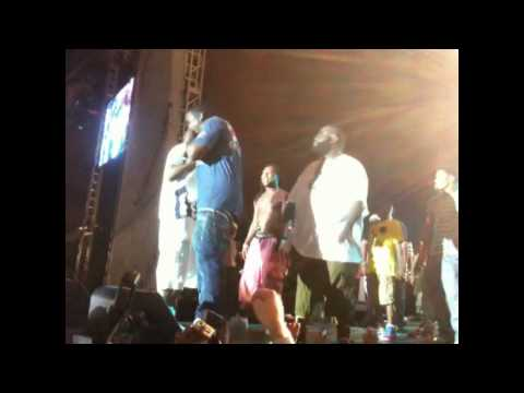 Gucci Mane, Diddy And Rick Ross Perform Together